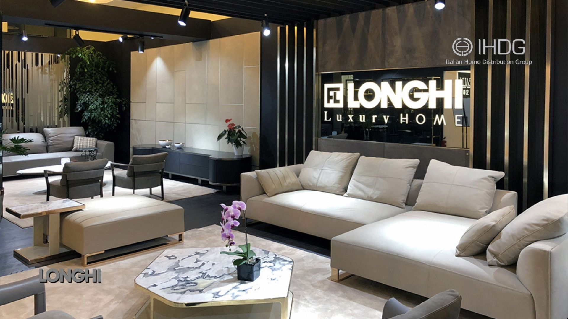 Longhi presented Luxury Collection 2018 at the Salone del Mobile Milano Shanghai